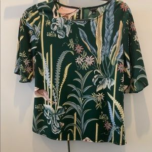 Green floral flutter sleeve top - XS